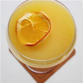 Aigua de Valencia - Vodka, Orange, Cointreau, Cava
