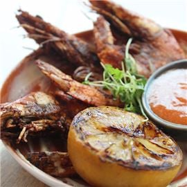 Spicy Gambas de Ajo with Grilled Bread